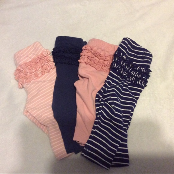 Old Navy Other - Bundle of 4 pairs of ruffled bottom leggings